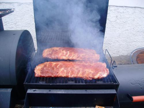 Smokin' some ribs
